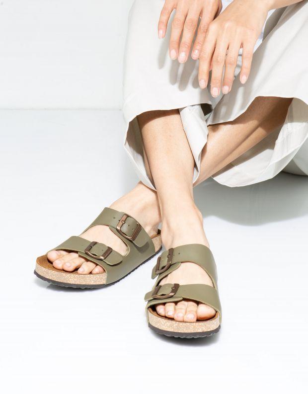 נעלי נשים - El Naturalista - כפכפי WARAJI VEGAN - חאקי