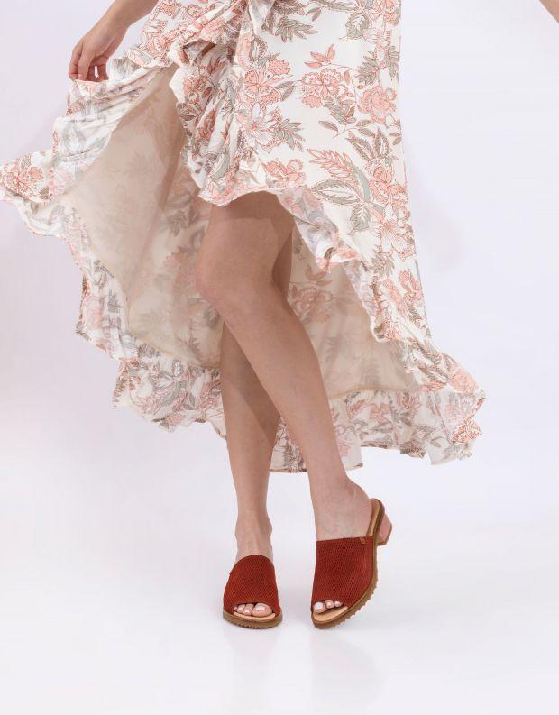 נעלי נשים - El Naturalista - כפכפי עור מחוררים  SABAL - חמרה