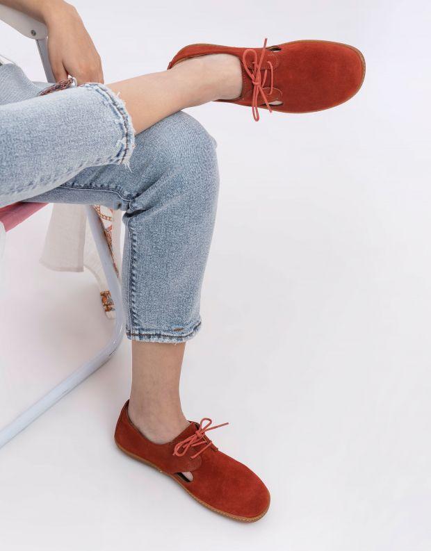 נעלי נשים - El Naturalista - נעלי עור EL VIAJERO - חמרה