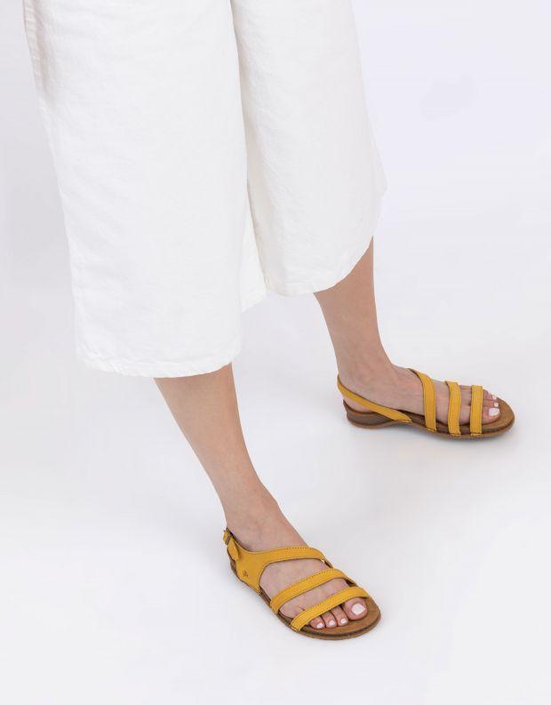 נעלי נשים - El Naturalista - סנדלי רצועות PANGALO - צהוב