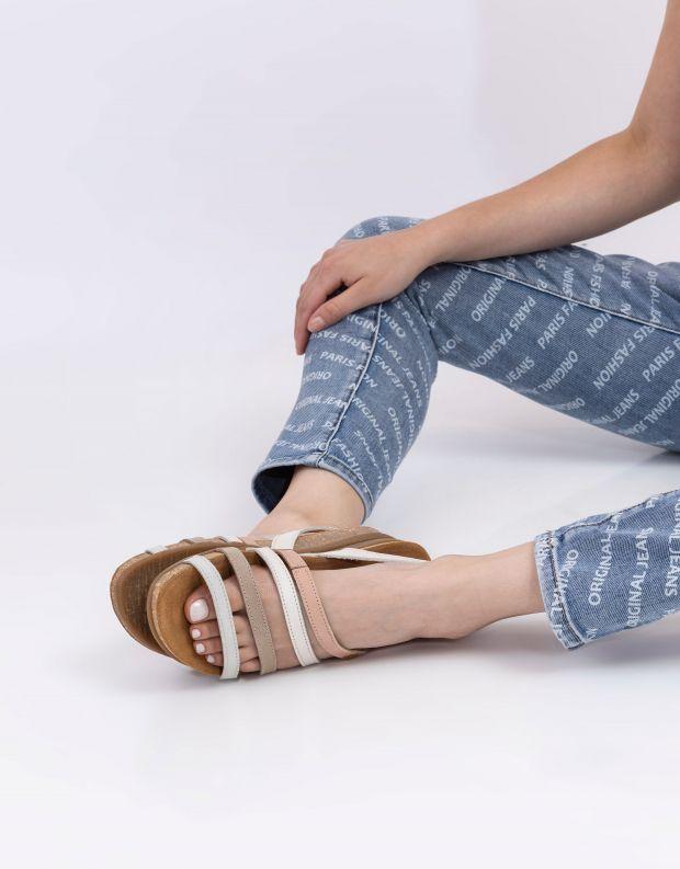 נעלי נשים - El Naturalista - סנדלי עור רצועות ZUMAIA - ורוד   אפור