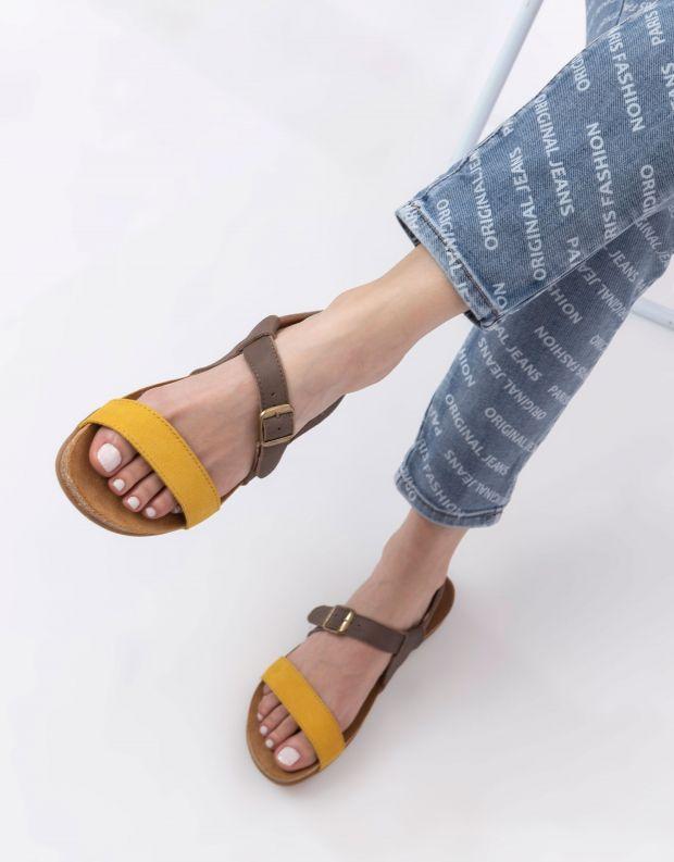 נעלי נשים - El Naturalista - סנדלי רצועות ZUMAIA - צהוב   אפור