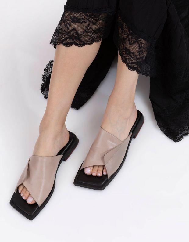 נעלי נשים - Yuko Imanishi - כפכפים שטוחים LAN - בז'