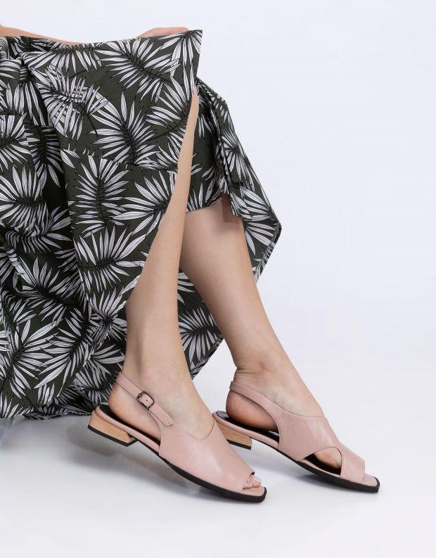 נעלי נשים - Yuko Imanishi - סנדלי KANNA - ורוד
