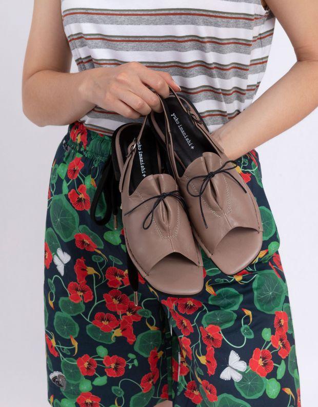 נעלי נשים - Yuko Imanishi - סנדלי AOI - בז'