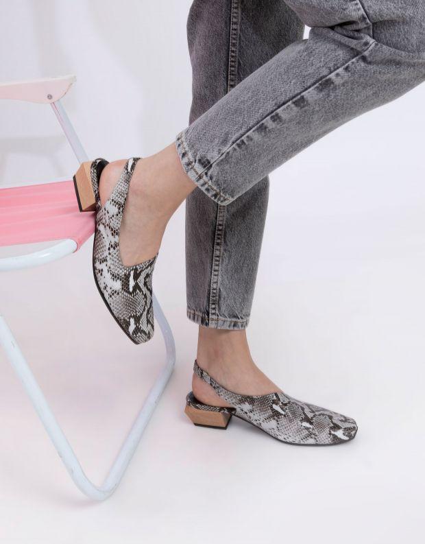 נעלי נשים - Yuko Imanishi - נעלי סירה KAREN - נחש