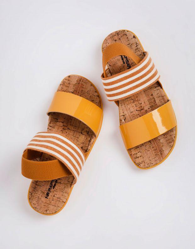 נעלי נשים - NR Rapisardi - סנדלים שטוחים CRIU - חרדל