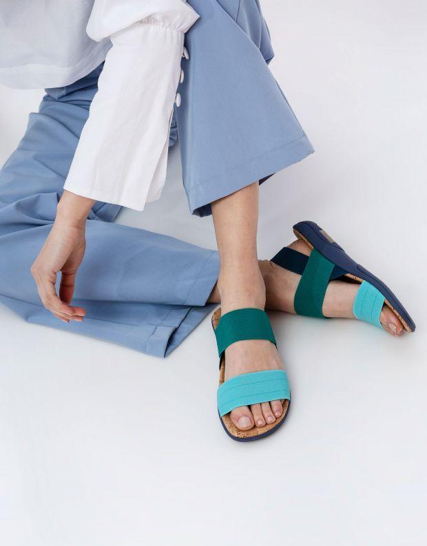 נעלי נשים - NR Rapisardi - סנדלי רצועות שטוחים CRUS - טורקיז