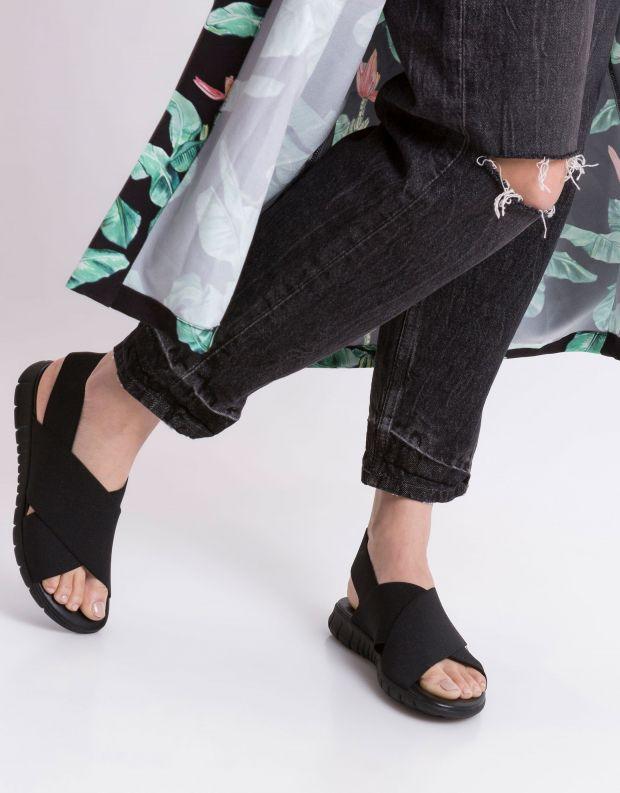 נעלי נשים - NR Rapisardi - סנדלי איקס LESLIE - שחור