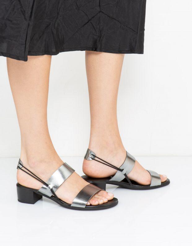 נעלי נשים - NR Rapisardi - סנדלי עקב MARISOL - פיוטר