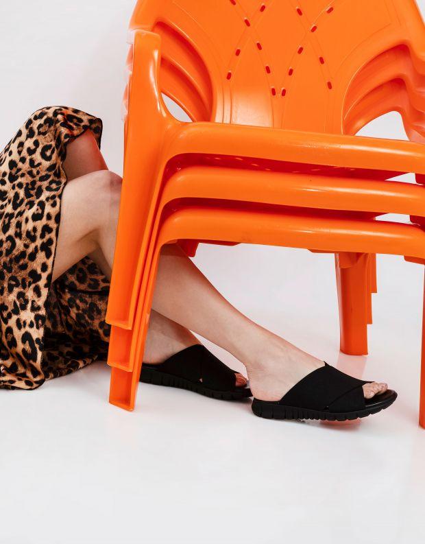 נעלי נשים - NR Rapisardi - כפכפי LOIRA - שחור