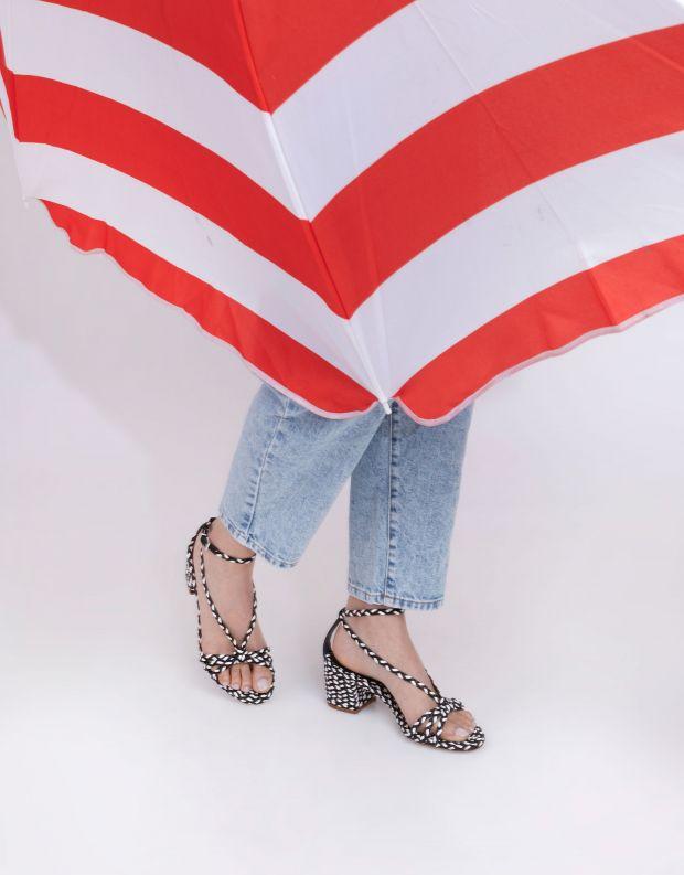 נעלי נשים - Schutz - סנדלי עקב קלועים HARPER - שחור