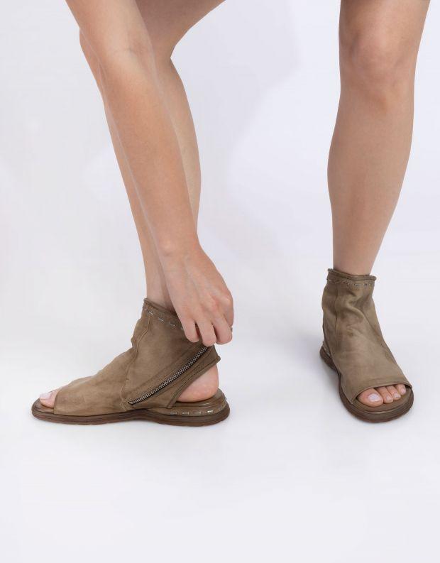 נעלי נשים - A.S. 98 - סנדלי סיכות סגורים MARE - חאקי