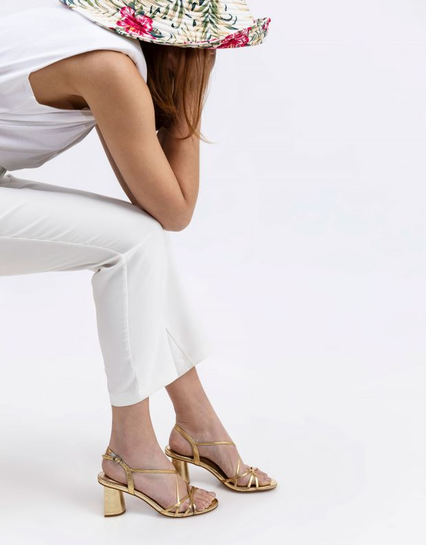 נעלי נשים - Jeffrey Campbell - סנדלי עקב MACRAME - זהב