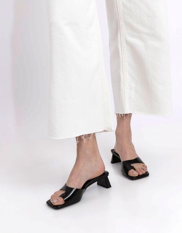 נעלי נשים - Jeffrey Campbell - כפכפי אצבע TECLADO - שחור