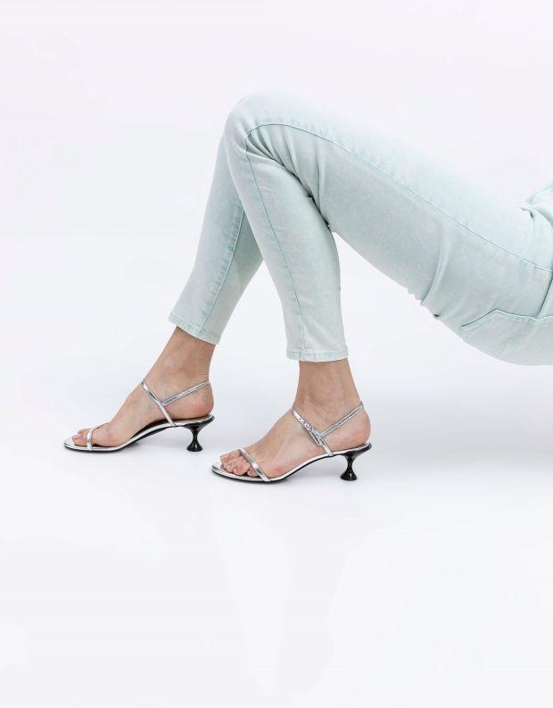 נעלי נשים - Jeffrey Campbell - סנדלי עקב TWILIGHT - כסף