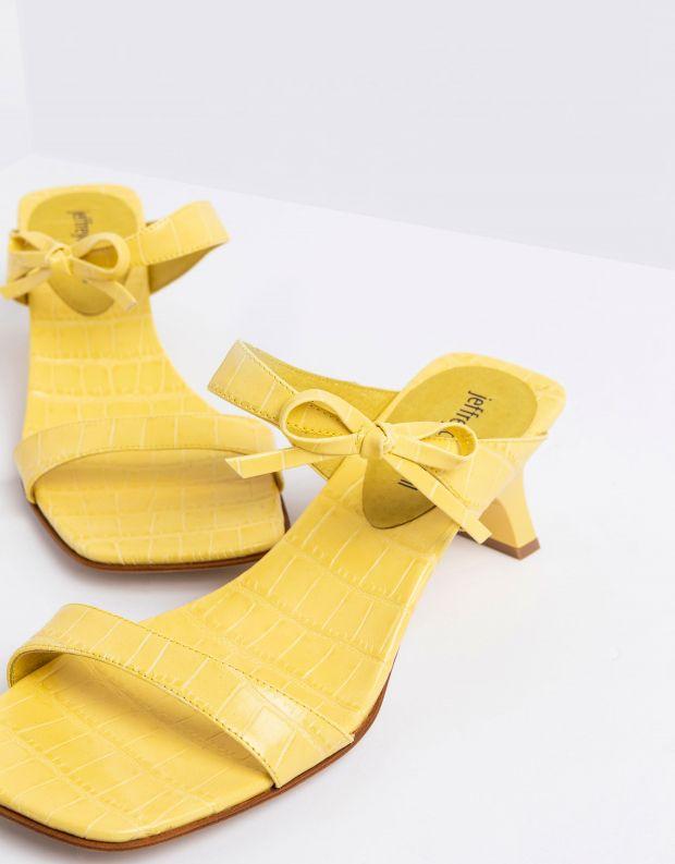 נעלי נשים - Jeffrey Campbell - כפכפי עקב רצועות XIOMARA - צהוב