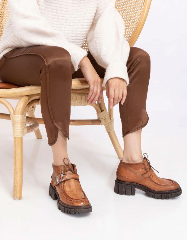 נעלי נשים - A.S. 98 - מגפוני עור עם אבזם HELL - קאמל
