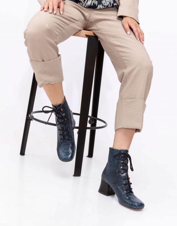 נעלי נשים - Chie Mihara - מגפוני נחש עם שרוכים MALI - כחול