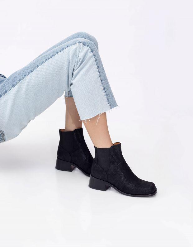 נעלי נשים - Chie Mihara - מגפוני עור עם עקב BANJA - שחור