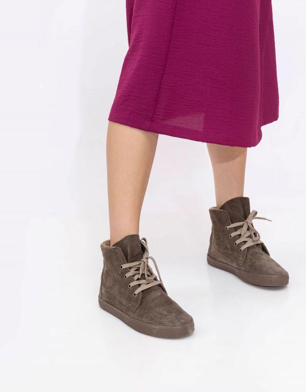 נעלי נשים - Aro - מגפונים עם שרוכים NOELLE - חום