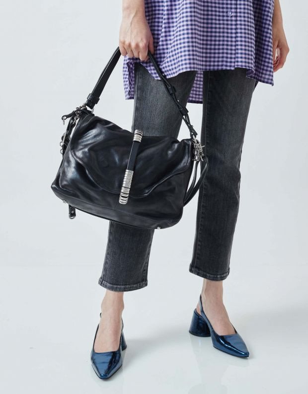 נעלי נשים - A.S. 98 - תיק צד עם רצועת לולאות - שחור
