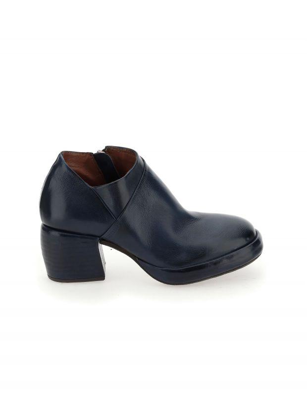 נעלי נשים - A.S. 98 - מגפוני עור עם עקב CARISMA - שחור