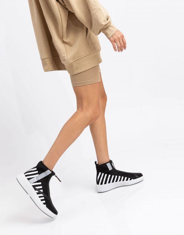 נעלי נשים - United Nude - מגפונים עם רוכסן BO CALLI - שחור לבן