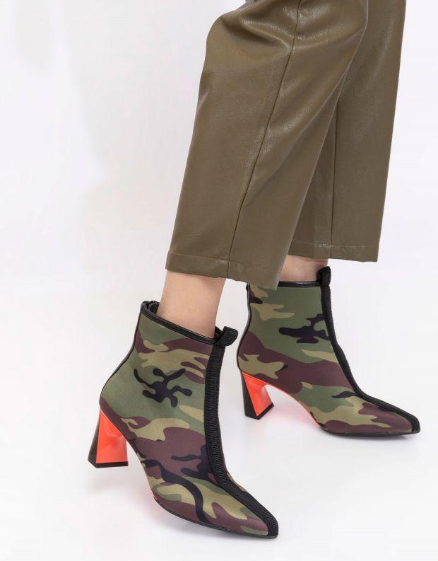 נעלי נשים - United Nude - מגפוני עקב LUCID MOLTEN M - ירוק צבאי