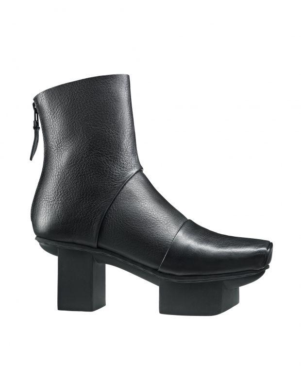 נעלי נשים - Trippen - מגפונים CHALLANGE HAPPY - שחור