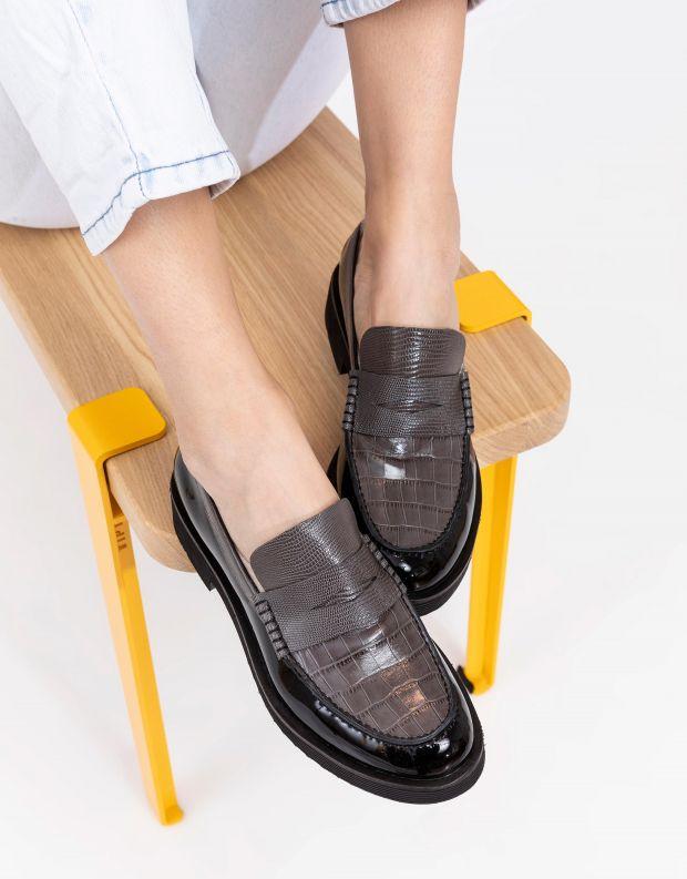 נעלי נשים - Jeffrey Campbell - מוקסינים משולבים LENNA - שחור אפור