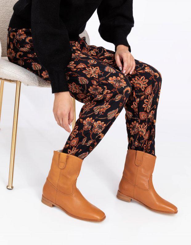 נעלי נשים - SOL SANA - מגפונים שטוחים MATTEO - קאמל