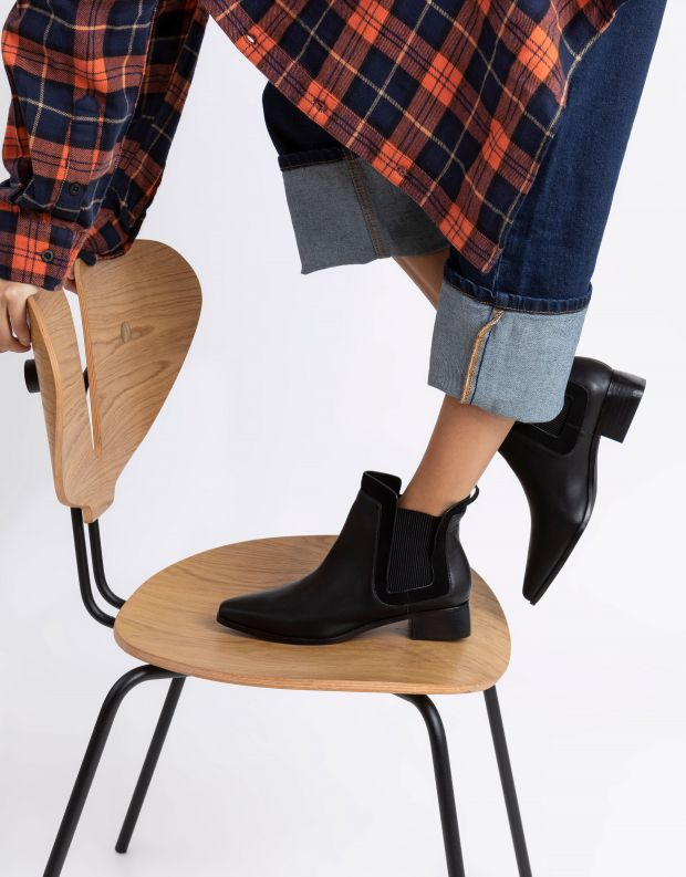 נעלי נשים - SOL SANA - מגפוני צ'לסי WAVERLY - שחור