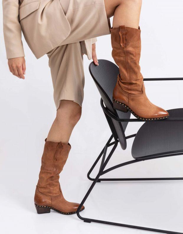 נעלי נשים - A.S. 98 - מגפי עור עם ניטים SATUR - קאמל