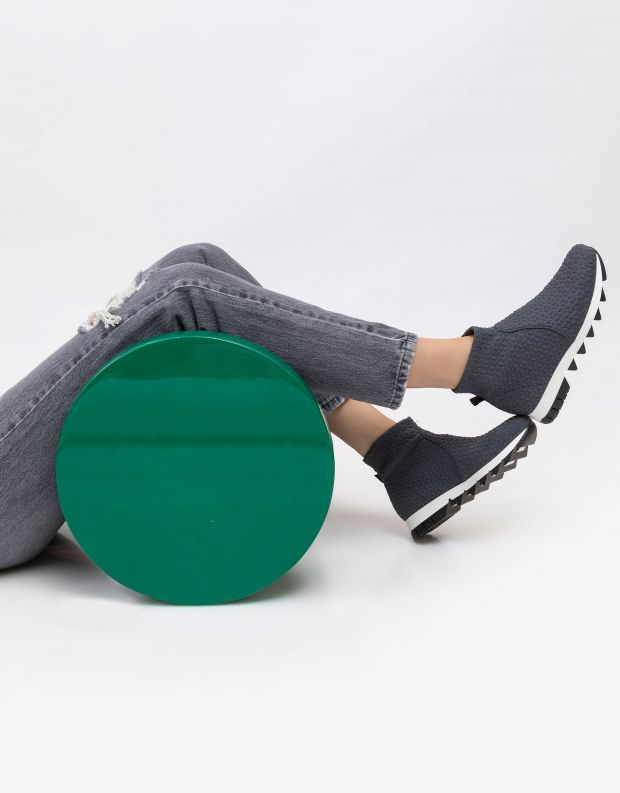 נעלי נשים - NR Rapisardi - מגפונים טבעוניים BECCO - אפור
