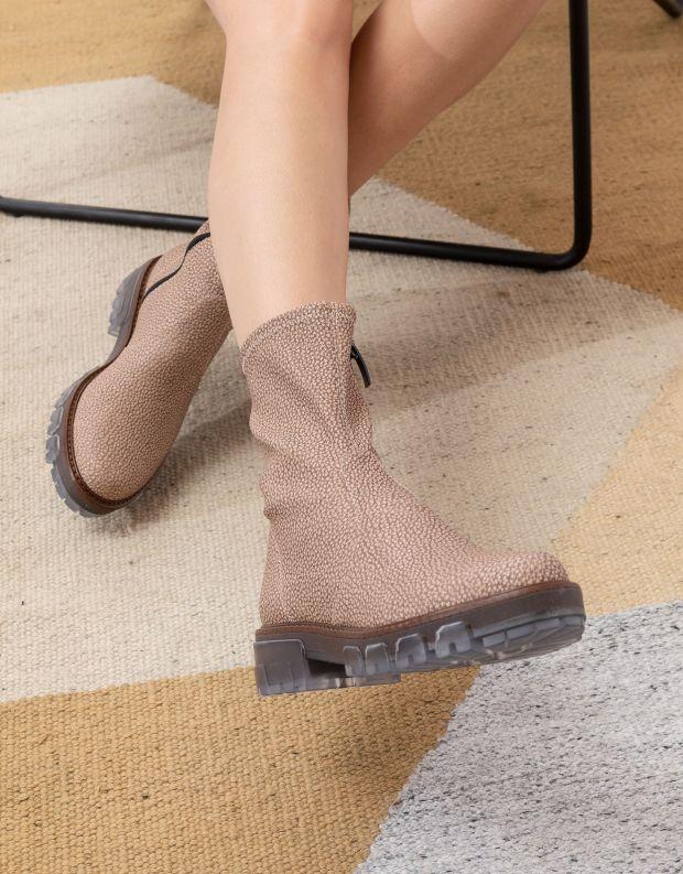 נעלי נשים - NR Rapisardi - מגפונים מבד דמוי עור INA - בז'