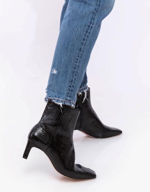 נעלי נשים - Schutz - מגפוני עקב CARLY נחש - שחור נחש
