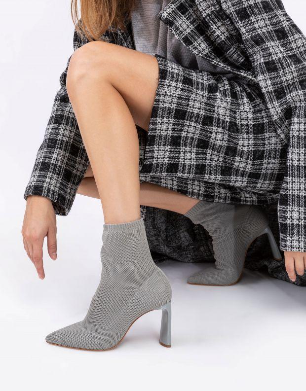 נעלי נשים - Schutz - מגפוני גרב JULY - אפור